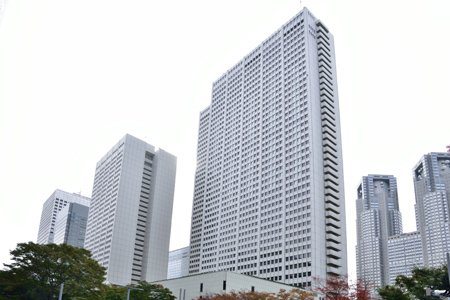 京王プラザホテル本館
