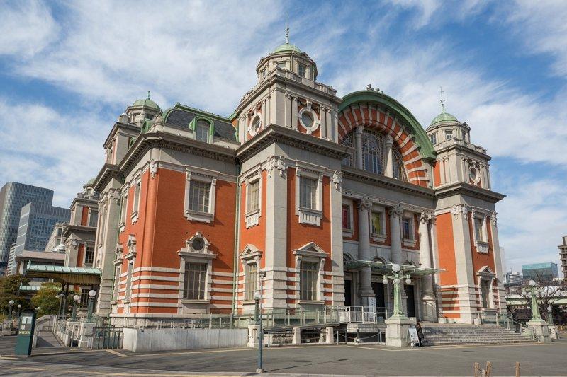 見学ツアーも行われている「大阪市中央公会堂(中之島公会堂)」