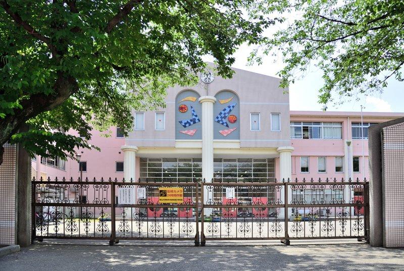 今も「埼玉大学教育学部附属小学校」は浦和にある